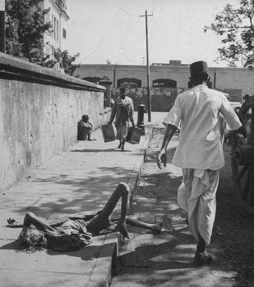 All photos: Scenes from the Bengal famine, 1943. Originally published in Life magazine.