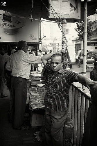 A bookseller in the streets of Paltan, Dhaka. Photo: Flickr / Hasin Hayder