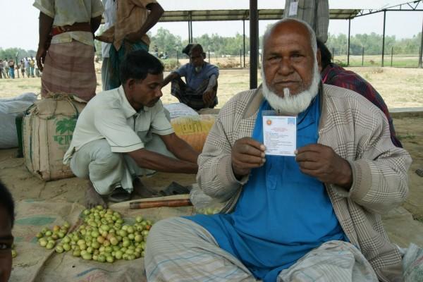 A vendor from Bangladesh.